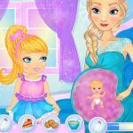 Elsa's Womb Baby Play